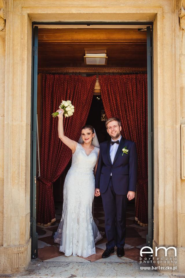 Ślub w kosciele na Korfu- dostojnie w typie Victory